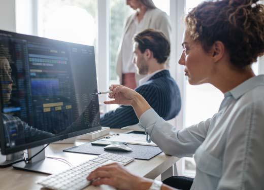 Stagiaire suivant une formation Big Data - BI